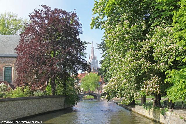Minnewater (lac d'Amour) à Bruges Belgique