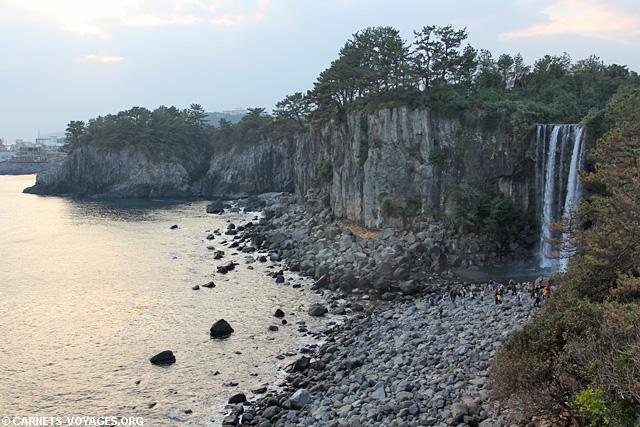 Cascade Jeongbang Jeju Corée du Sud