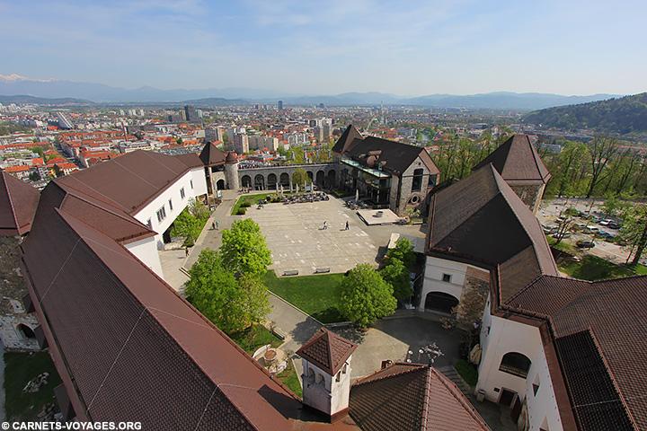 Vue chateau Ljubljana Slovénie
