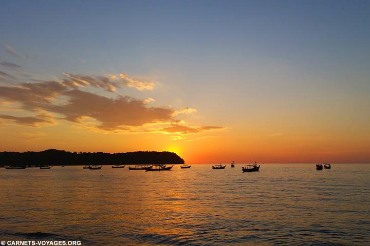 Coucher de soleil sur la plage de Ngapali Birmanie