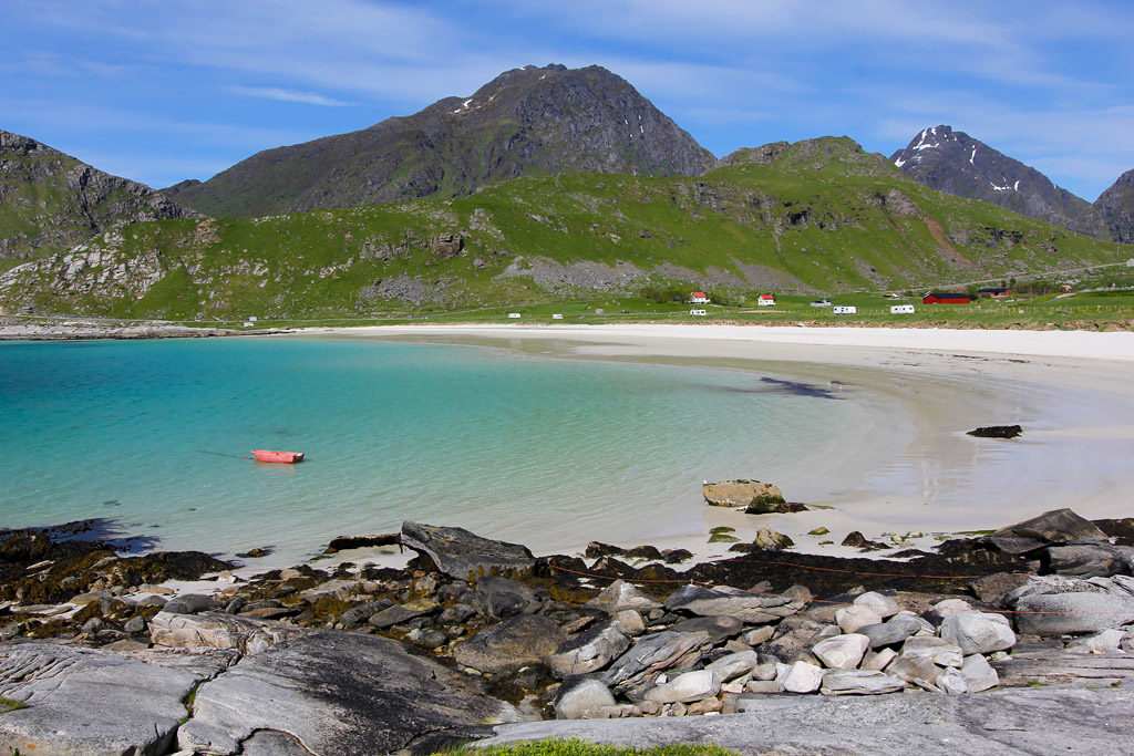 Haukland beach road trip Lofoten