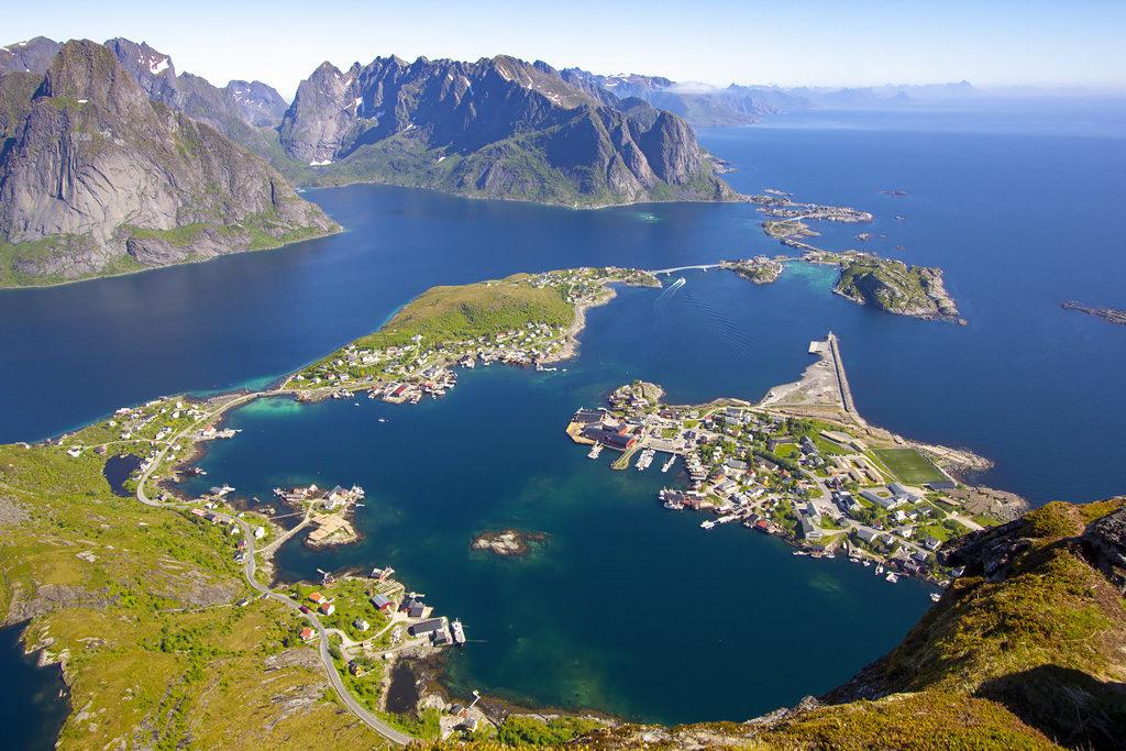 Point de vue randonnée Reinebringen Lofoten Norvège