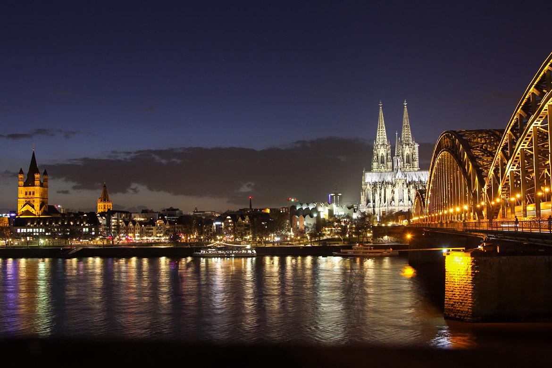 Visiter Cologne de nuit