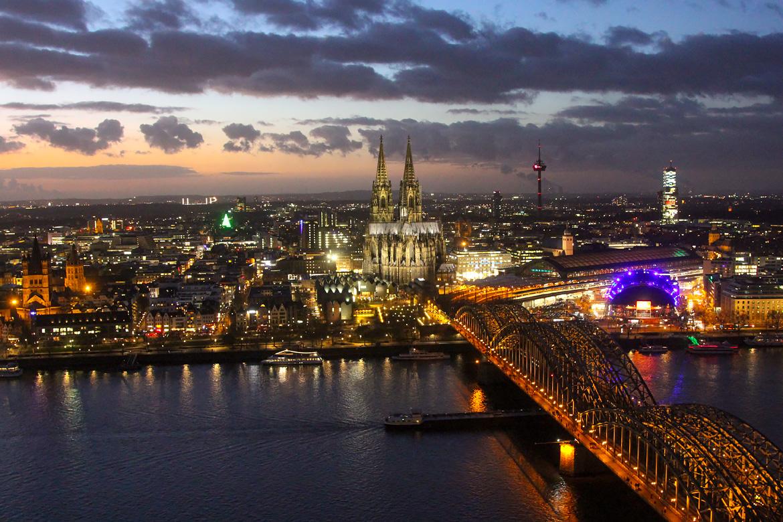 Vue depuis la tour Koln Triangle sur Cologne