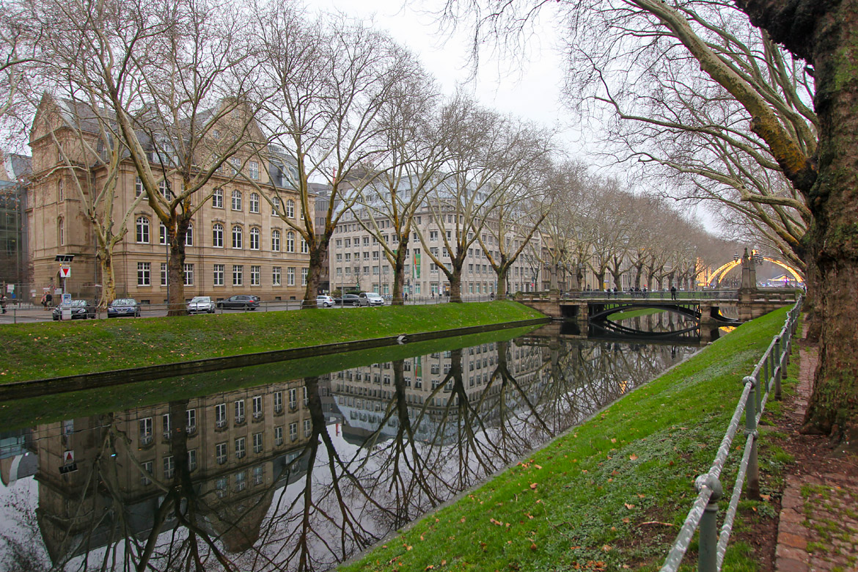 Düsseldorf Königsallee avenue du Roi
