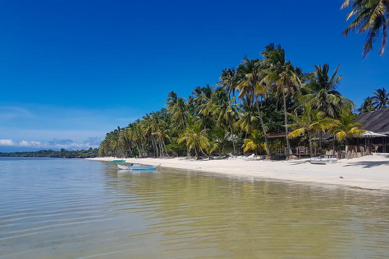 Siquijor Coral Cay Beach
