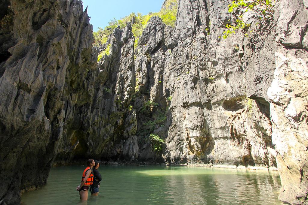 Island hopping tour A El Nido secret lagoon