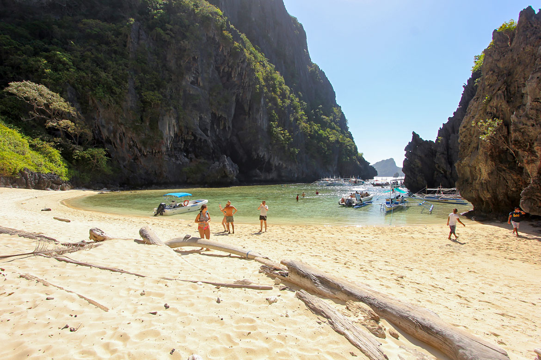 El Nido secret lagoon beach Philippines