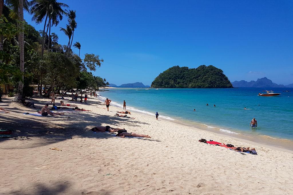 Plage Las Cabanas Beach El Nido Philippines