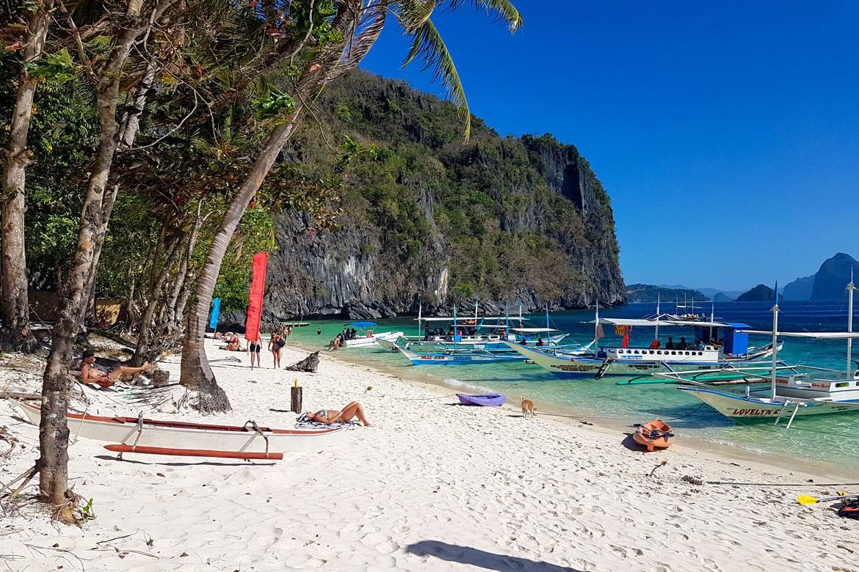 Phillipines El Nido papaya beach