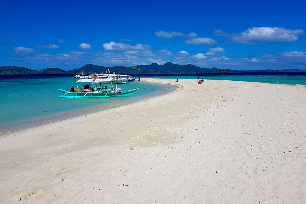 Ditaytayan island Coron Philippines