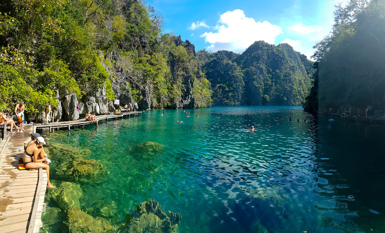 Lac Kayangan Coron Philippines
