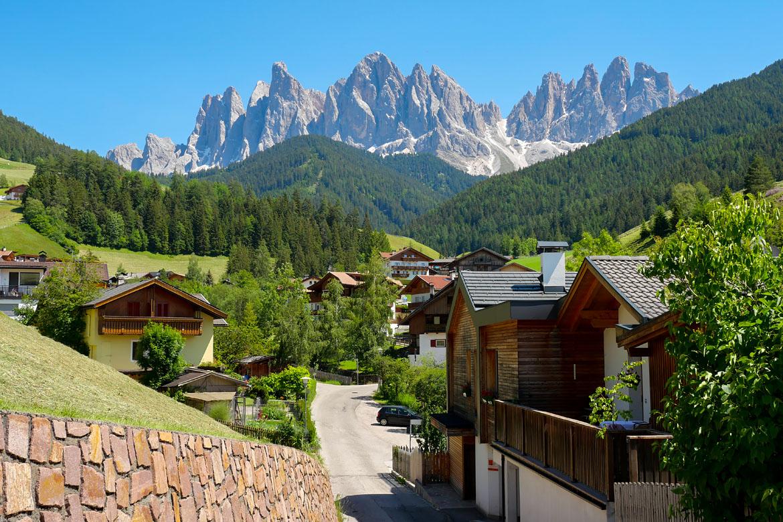 Santa Maddalena road trip Dolomites Italie