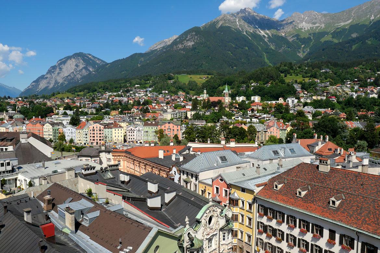Vue sur Innsbruck Autriche depuis la Stadtturm