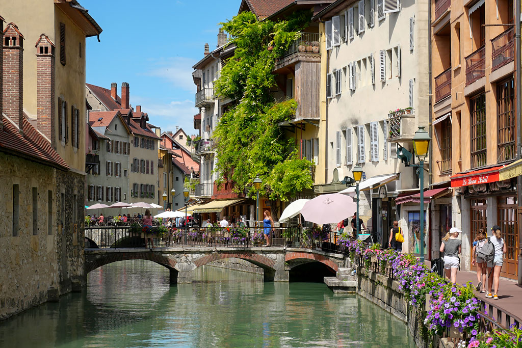 Canal du Thiou Annecy France