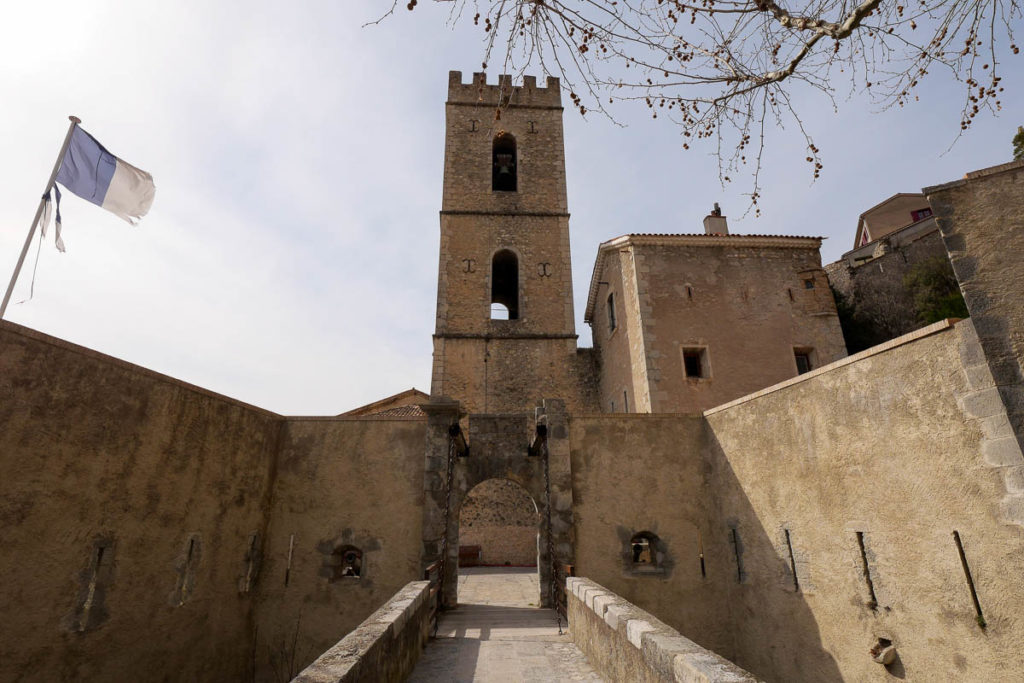 Porte d'Italie cité médiévale Entrevaux