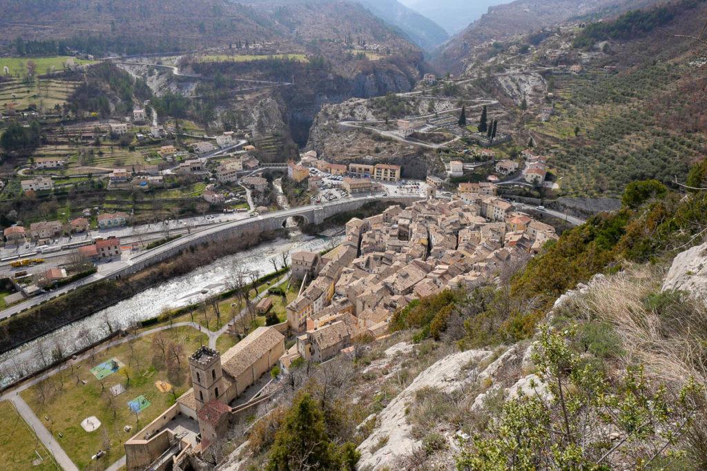 Vue village depuis la rampe accès Citadelle Entrevaux