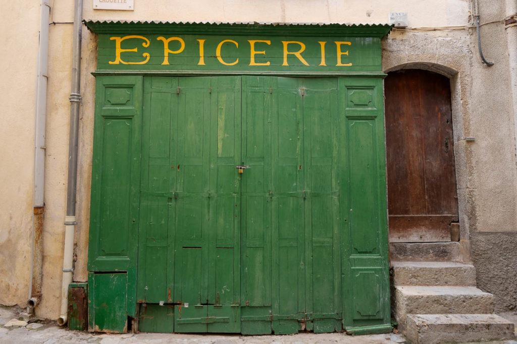 Epicerie village médiéval Entrevaux Alpes de Haute Provence