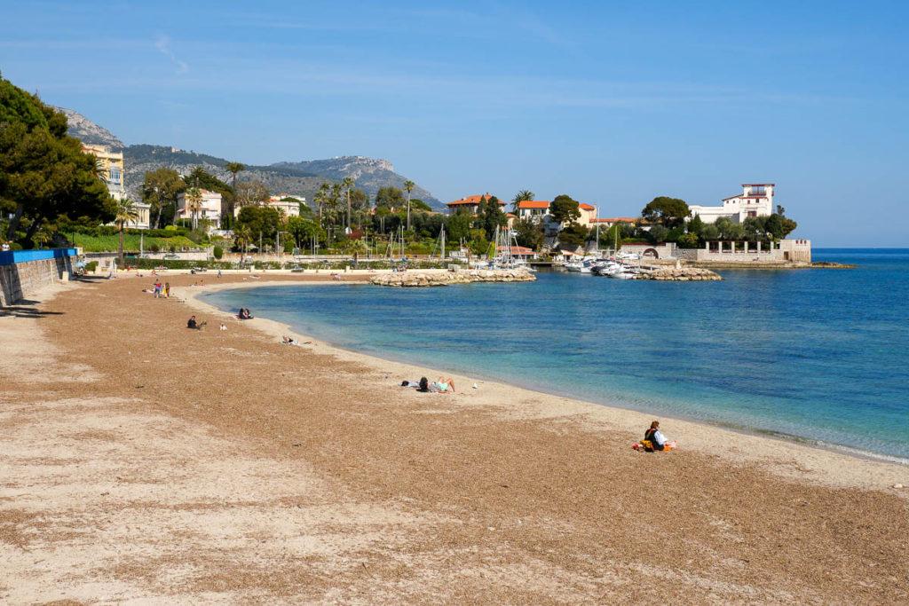 Plage et baie des Fourmis à Beaulieu sur Mer Côte d'Azur