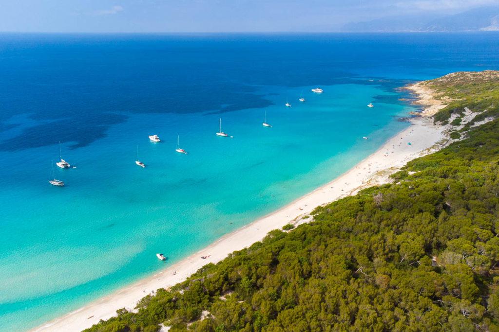 Plage de Saleccia désert des Agriates Saint Florent Corse vue drone