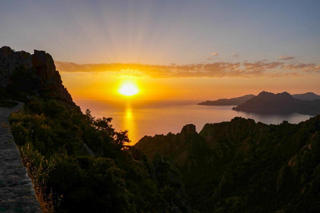 Coucher de soleil sur les Calanques de piana Corse France