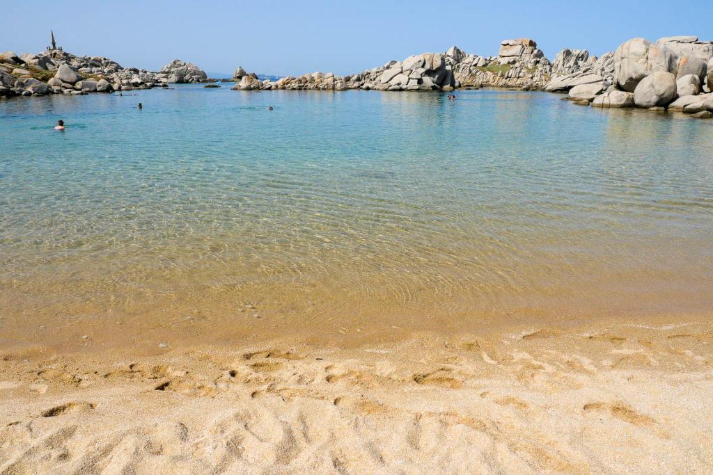 Plage Cala di l'Achiarinu ile Lavezzu archipel Lavezzi Corse