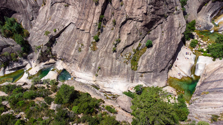 Cascades Purcaraccia en Corse vue drone